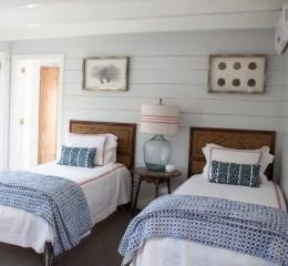 Perfect Coastal Bedroom Decorating Ideas To Apply Asap 40