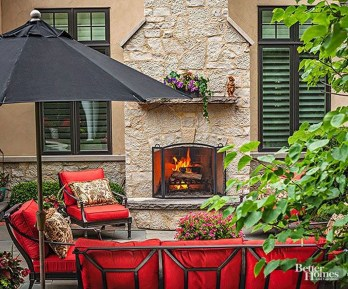 Pretty Seating Area Ideas With Outside Fireplace 29