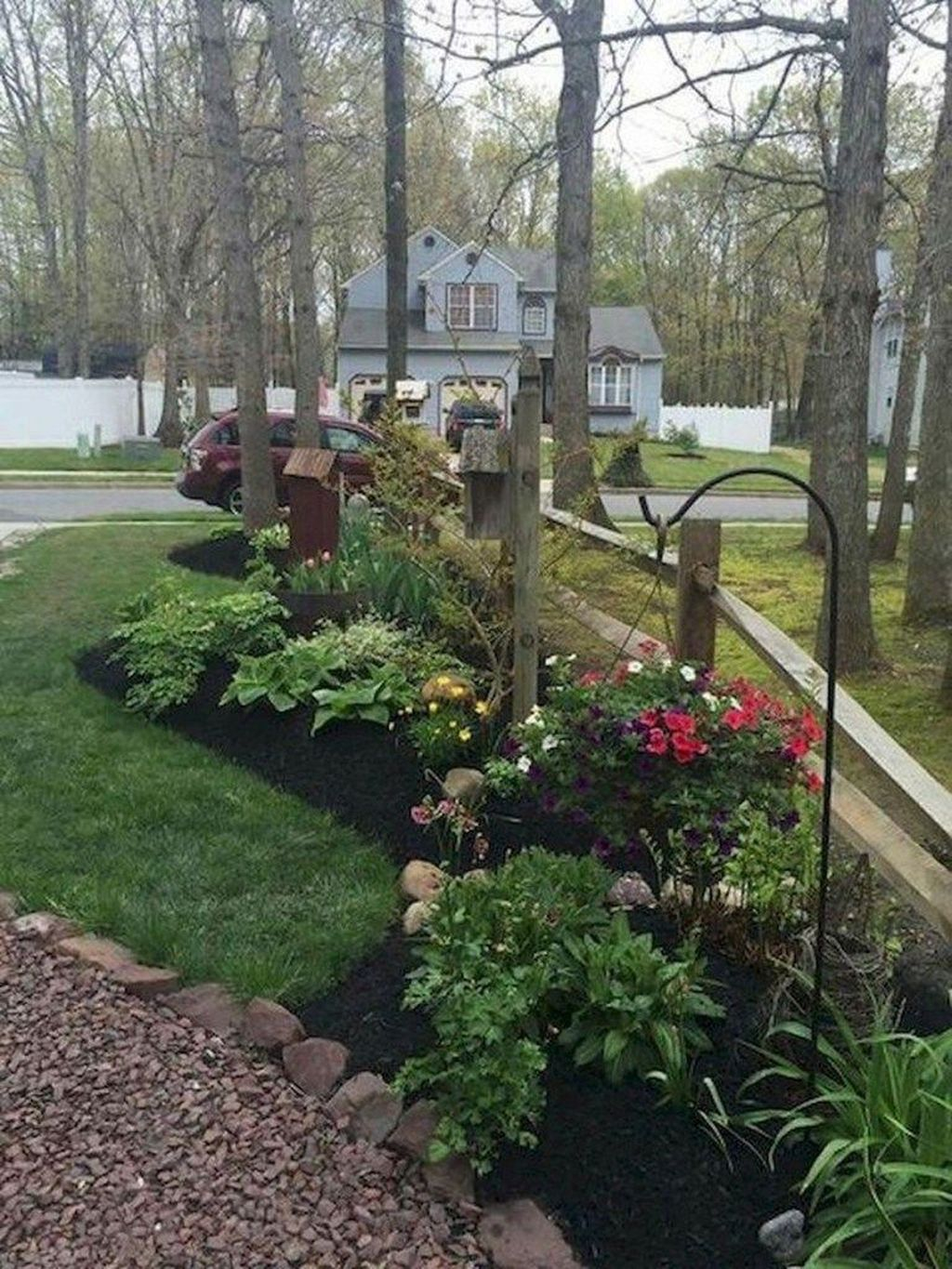 Rustic Side Yard Garden Design And Remodel Ideas 33