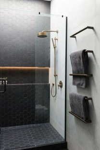 Spectacular Bathroom Tile Shower Ideas That Looks Cool 05
