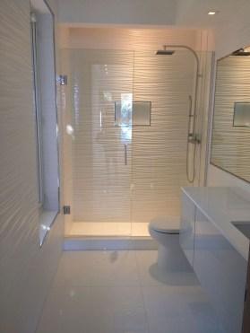 Spectacular Bathroom Tile Shower Ideas That Looks Cool 25