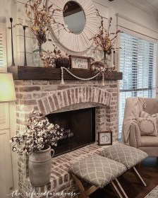 Admiring Fireplace Décor Ideas For Cottage To Try 25