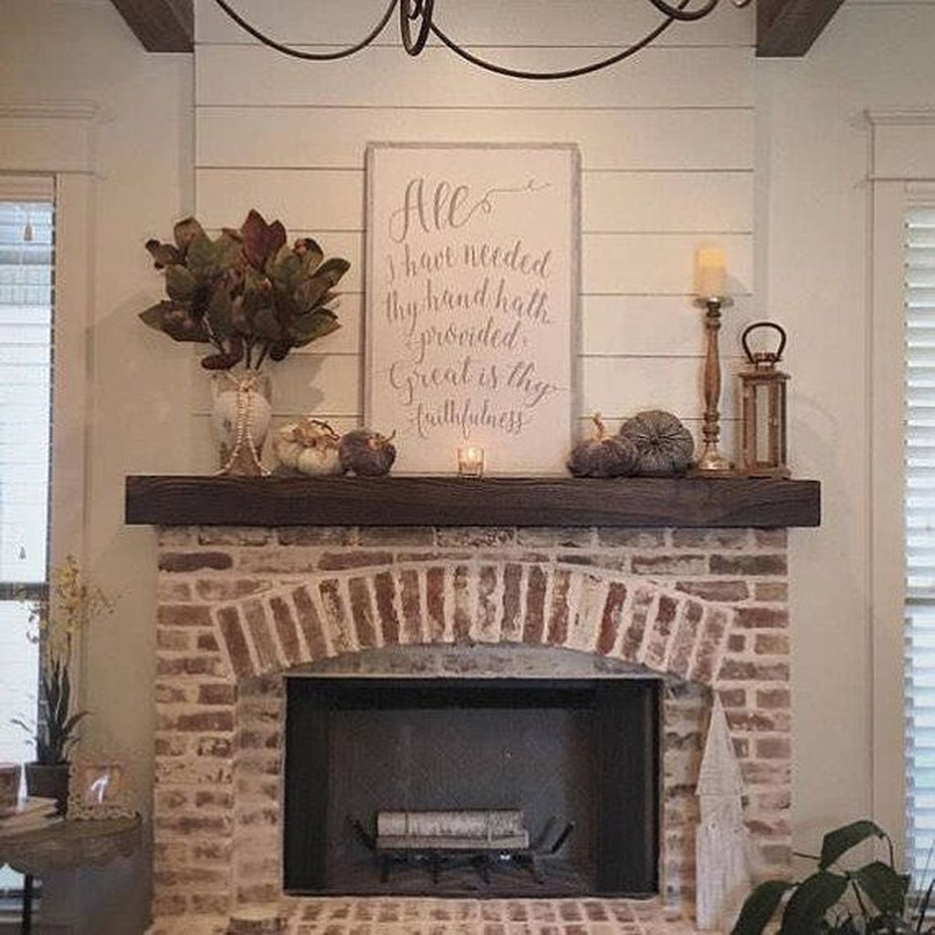 Admiring Fireplace Décor Ideas For Cottage To Try 31