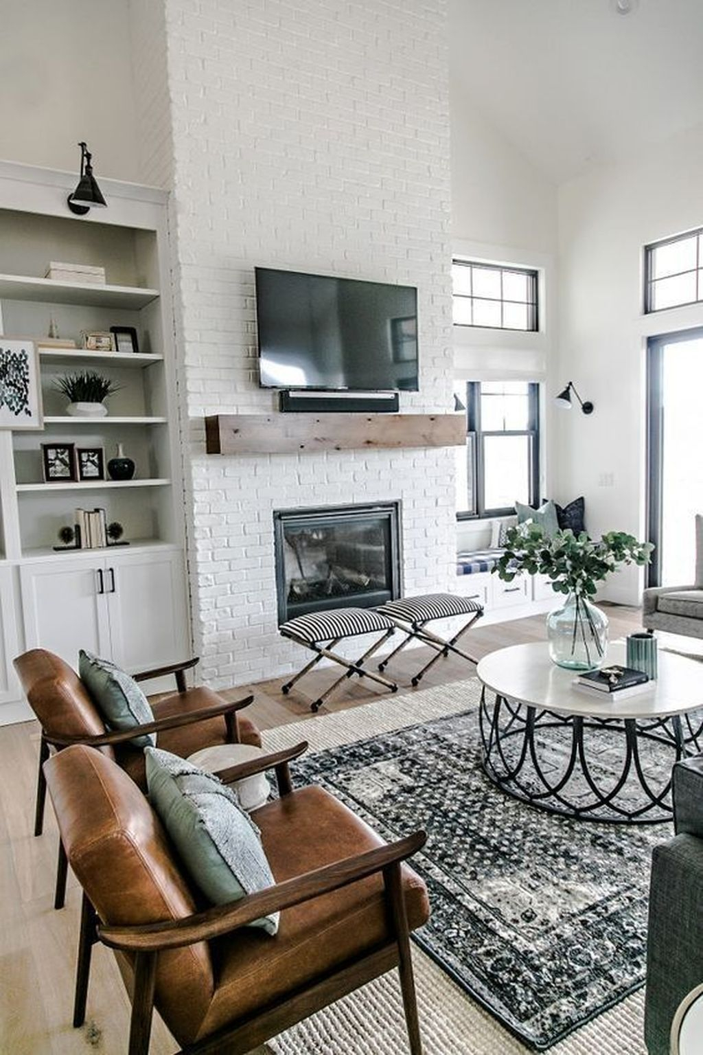 Admiring Fireplace Décor Ideas For Cottage To Try 44