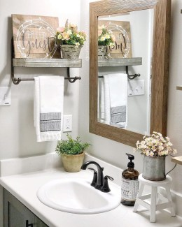 Adorable Farmhouse Bathroom Decor Ideas That Looks Cool 28