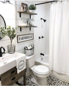 Adorable Farmhouse Bathroom Decor Ideas That Looks Cool 38