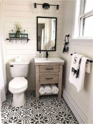 Astonishing Farmhouse Shower Tile Decor Ideas To Try 18