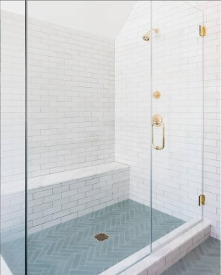 Astonishing Farmhouse Shower Tile Decor Ideas To Try 36