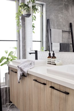 Best Contemporary Bathroom Design Ideas To Try 42