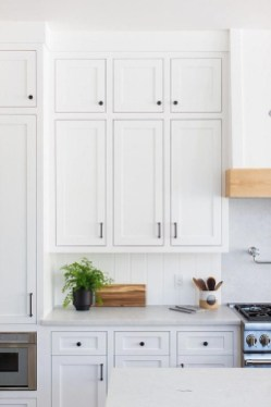 Comfy White Kitchen Cabinets Design Ideas To Try 18
