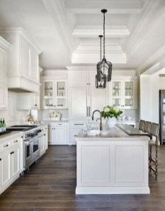 Comfy White Kitchen Cabinets Design Ideas To Try 32
