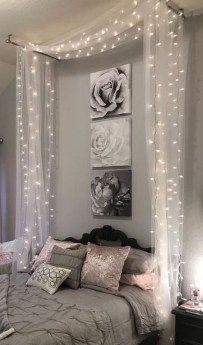 Cozy Suite Room Apartment Decorating Ideas To Try 42