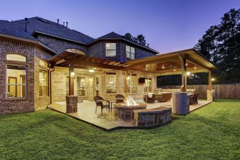 Enchanting Backyard Patio Remodel Ideas To Try 22