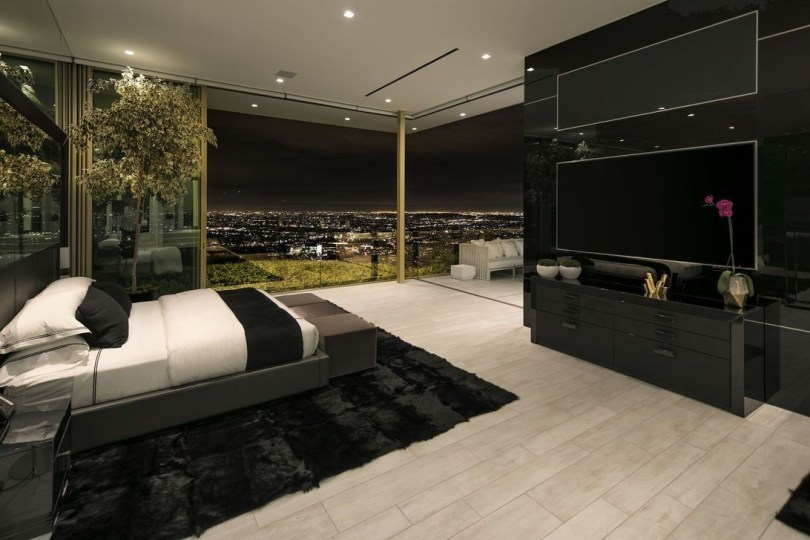 Fancy Champagne Bedroom Design Ideas To Try 28