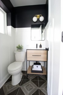 Inspiring Small Bathroom Design Ideas With Wood Decor To Inspire 22