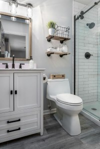 Inspiring Small Bathroom Design Ideas With Wood Decor To Inspire 45