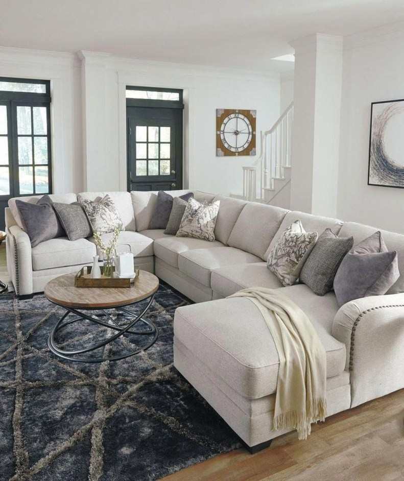 Superb Layout Design Ideas For Family Room 04
