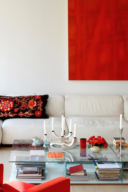 Superb Red Apartment Ideas With Rustic Accents 49