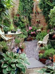 Amazing Design For Tiny Yard Garden 01