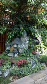 Amazing Design For Tiny Yard Garden 26