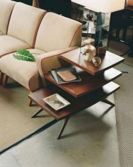 Comfortable And Modern Mid Century Living Room Design Ideas 25