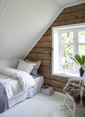 Elegant Small Attic Bedroom For Your Home 11