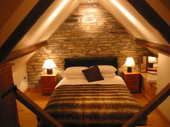 Elegant Small Attic Bedroom For Your Home 17