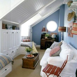 Elegant Small Attic Bedroom For Your Home 33
