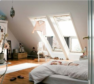 Elegant Small Attic Bedroom For Your Home 47