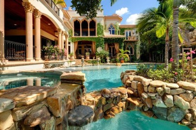 Gorgeous Mediterranean Swimming Pool Designs Out Of Your Dream 03