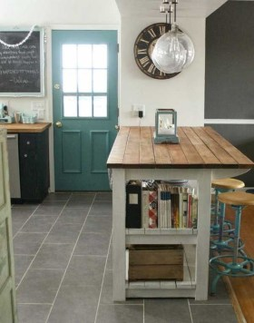 Impressive Kitchen Island Design Ideas You Have To Know 28