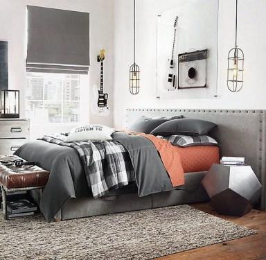 Masculine And Modern Man Bedroom Design Ideas 37