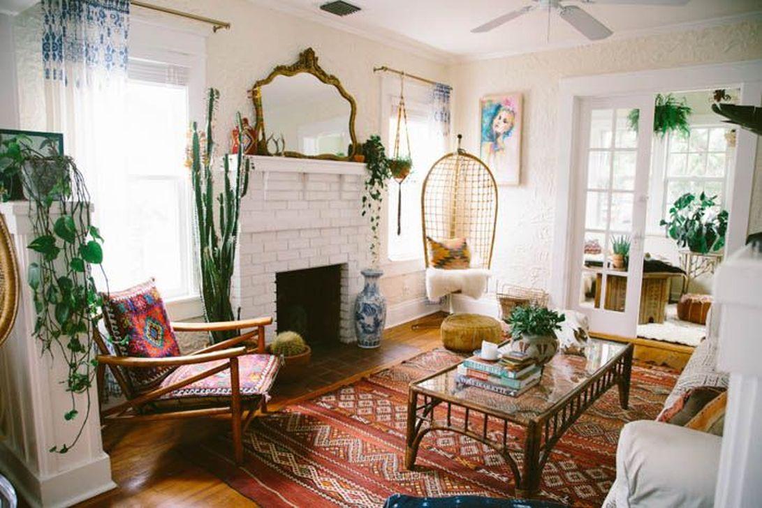 33 Stunning Bohemian Living Room Design Ideas - HOMYSTYLE on Bohemian Living Room Decor Ideas  id=36321