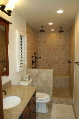 Stylish Small Master Bathroom Remodel Design Ideas 15