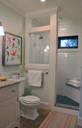 Stylish Small Master Bathroom Remodel Design Ideas 18