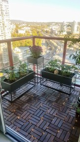 Awesome Apartment Balcony Design Ideas 31
