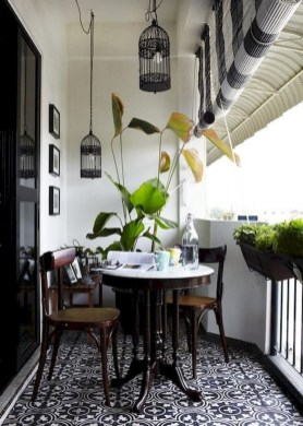 Awesome Apartment Balcony Design Ideas 32