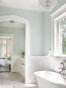 Beautiful Classic Bathroom Design Ideas 01