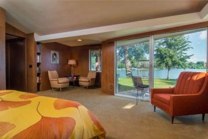Comfortable Lake Bedroom Design Ideas 03