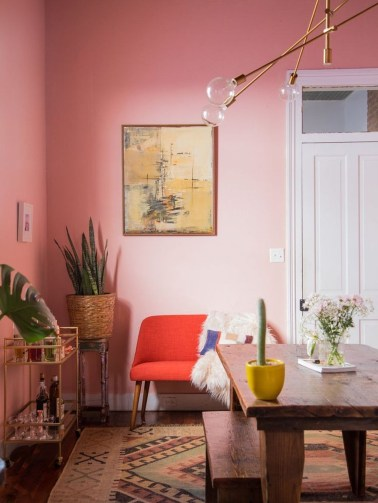 Cute Pink Lving Room Design Ideas 36