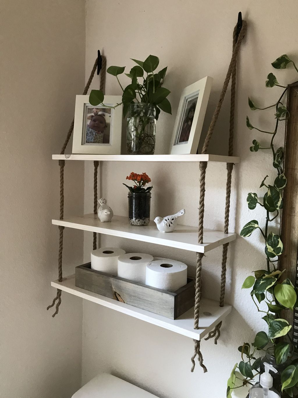 Genius Space Saving Hacks For Your Tiny House 31