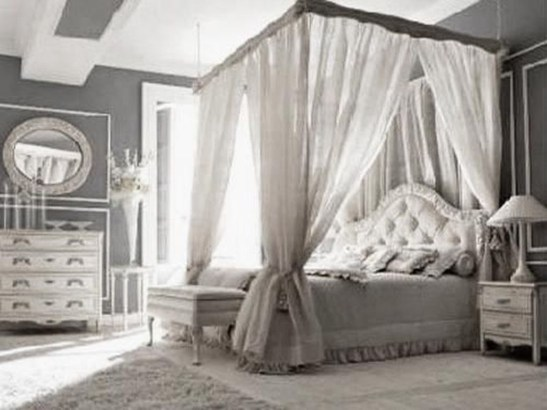 Glamorous Canopy Beds Ideas For Romantic Bedroom 19