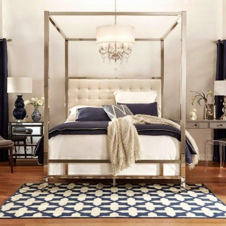 Glamorous Canopy Beds Ideas For Romantic Bedroom 40