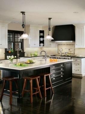 Gorgeous Black Kitchen Design Ideas You Have To Know 08