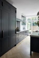 Gorgeous Black Kitchen Design Ideas You Have To Know 11