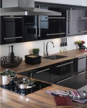 Gorgeous Black Kitchen Design Ideas You Have To Know 15