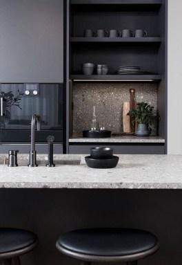 Gorgeous Black Kitchen Design Ideas You Have To Know 24