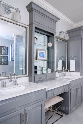 Gorgeous Kitchen Cabinets Design Ideas 18