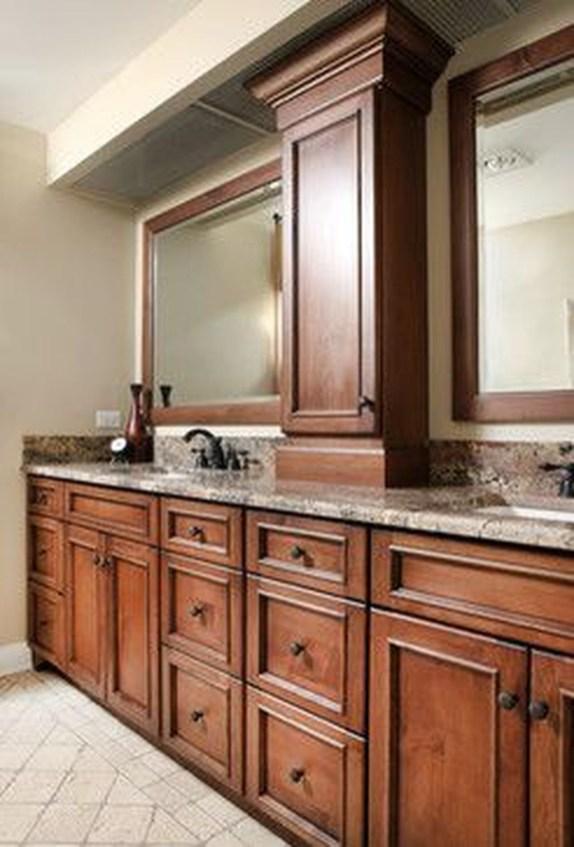 Gorgeous Kitchen Cabinets Design Ideas 37