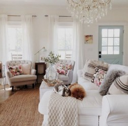 Lovely Shabby Chic Living Room Design Ideas 05